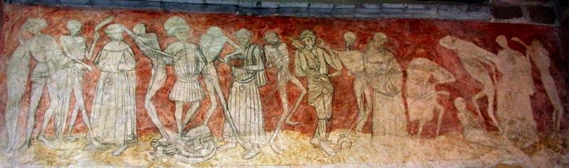 L 39 abbaye de la chaise dieu haute loire for Chaise dieu danse macabre