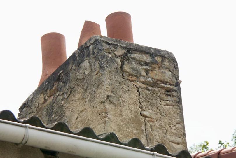 Sortie de chemine en terre cuite simple chemin e terre - Chapeau cheminee terre cuite ...